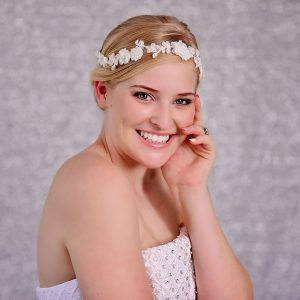 Wedding White Lace Flower Hairpiece