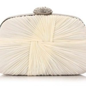 Bridal Clutch in Ivory