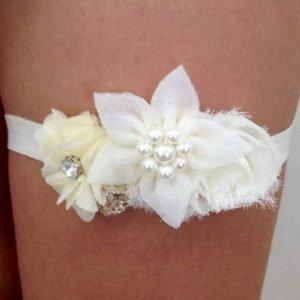 Ivory Flower Garter