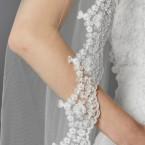 Lace Floor Lenght Veil